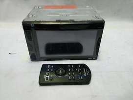 Pioneer avh-165dvd like new