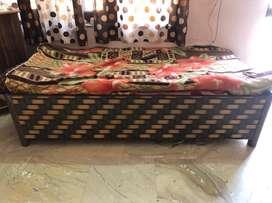 Diwaan for sale