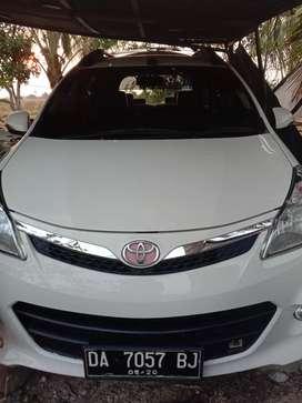 Toyota Avanza velos
