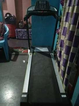 Aerofit treadmill urgent sale