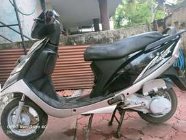 Scooty streak for sale with good condition