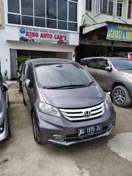 Honda freed PSD 2015 AT antik