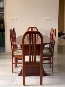 Dining Table for 6 Persons