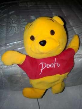 Boneka tangan winny thepooh