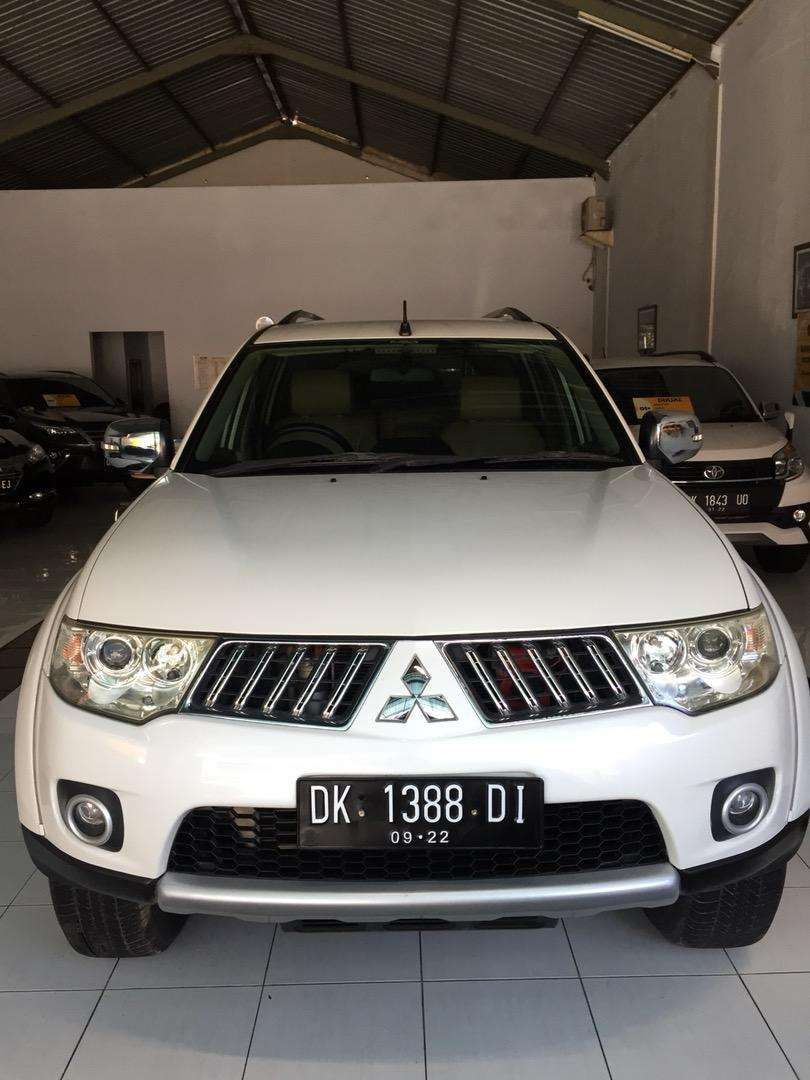 Pajero Exceed 2012 Putih Asli Bali Original Total Low KM TV 3 Unit 0
