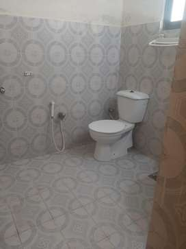 2 bed flat for rent prime location