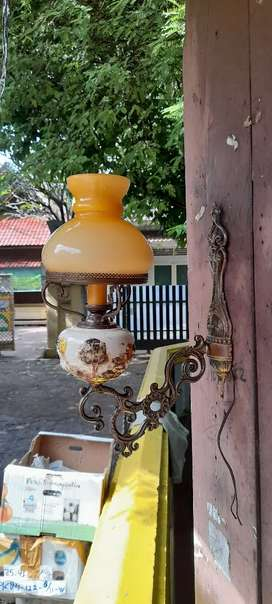 Lampu dingding lawas made in itally original old