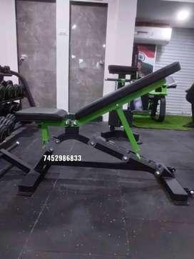 Curve fitness equipment