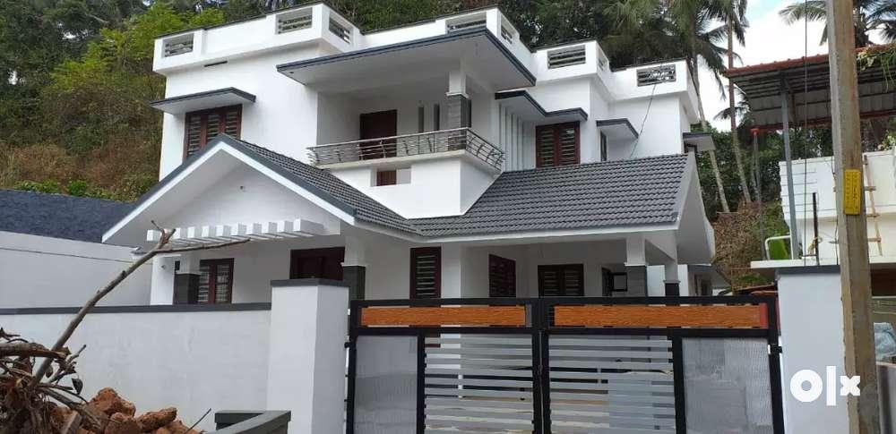 new modern house for sale in calicut vellimadukunnu.
