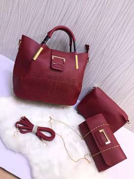 Ladies hand bags ( imported )