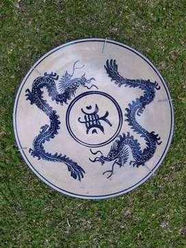 Pajangan dinding piring antik bahan keramik motif naga