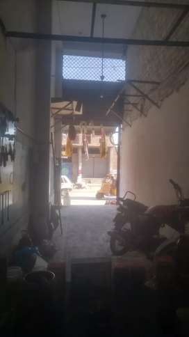 Shop for rent in good location