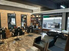 Cabinet hair and beauty lounge