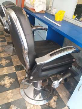 Saloon Chair for men's
