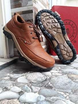 Casual boot low cut Davinelo kulit asli