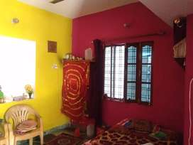 Two room set available. Price kam hojayega.
