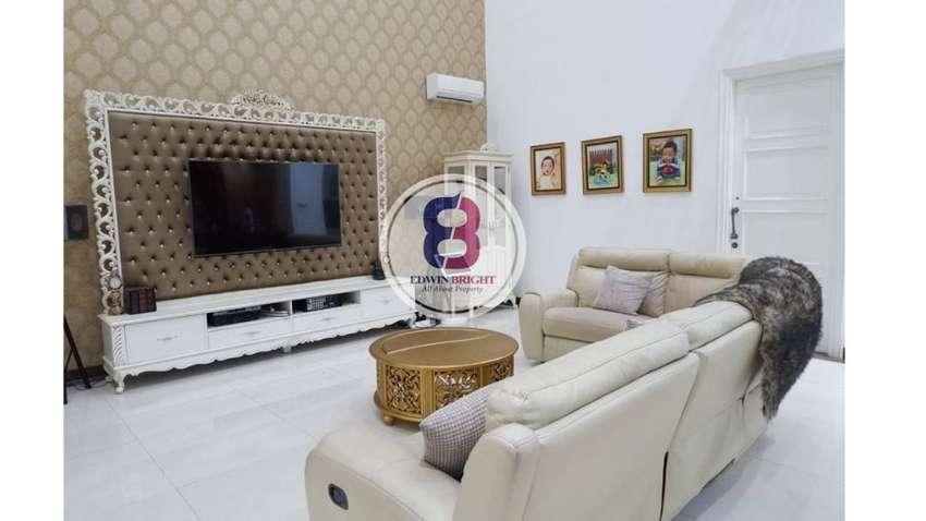 Rumah Dijual di Bintaro Jaya Sektor 9 Mewah Gaya Eropa Tanah Luas