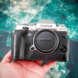 Fuji XT1 GS Body Only. Fullset Mulus Sekali. Fujifilm X-T1. ada Bonus