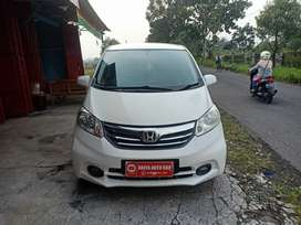 Dp 20 Jt Honda Freed 2013 /Matic - Putih
