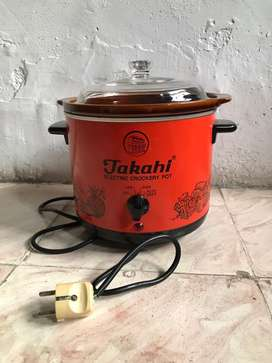 SLOW COOKER TAKAHI ~ ELECTRIC CROCKERY POT