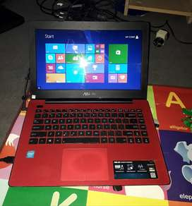 Laptop ASUS X453 MERAH, SEGEL GARANSI 1 BULAN