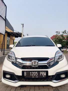 Mobilio Rs 1.5 AT 2015