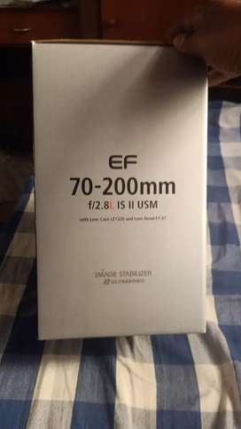 Canon 70-200 f2.8 I.S. II brand new box packed lens