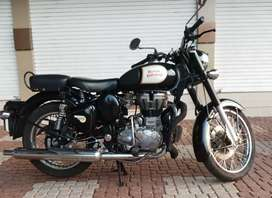 ROYAL  ENFIELD CLASSIC 350 FOR RENT , ONLY FOR NRI GULF CUSTOMER