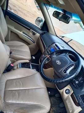 Hyundai Santa Fe 2011 Diesel 143491 Km Driven