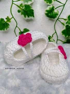 Sepatu rajut bayi - sepatu bayi - sepatu prewalker