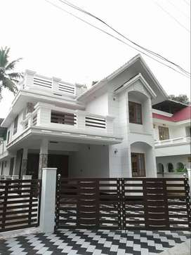 Dazzling 4BHK 1850 SqFt Villa Pottore,- Thrissur