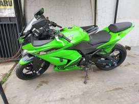 Ninja 250 karbu th2011 cash kredit siap pkai pajak2020 km asli gress