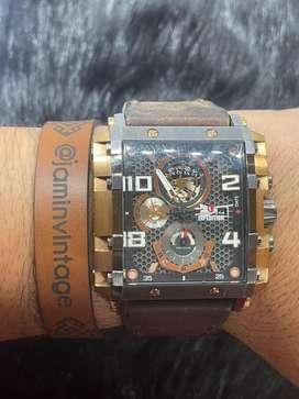 SOLDSOLD Jam tangan EXPEDITION MATRIX CHRONIGRAPH E.6757.M Seiko