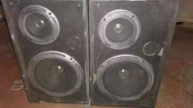 speaker with woofers 2 nos.