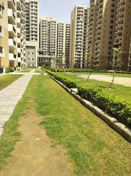 2 BHK Unfurnished flat on rent in nirala Aspire noida extenison