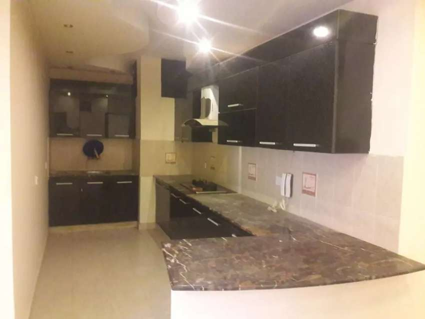 Defence 3bedrooms with lift available in bukhari commercial phase 6 0