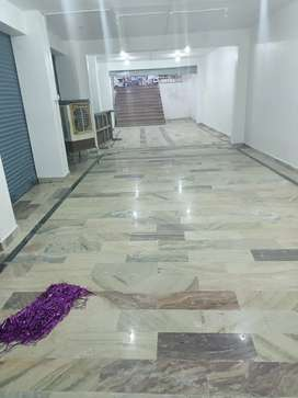 3000sqft Commercial Showroom For Rent in Chawla Market, Telibagh.