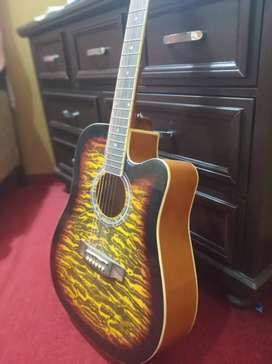 Q.T.E Acoustic guitar (steel strings)