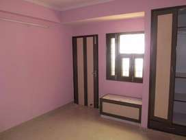 Good location flat in dwarka sec 6