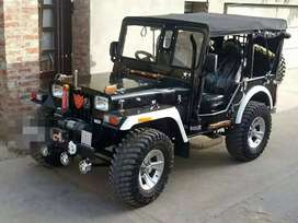 Willys Jeep with original top roof