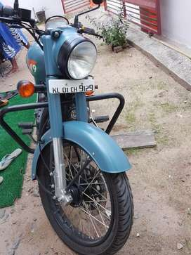 Royal Enfield class 350 airborne blue 2018 last October