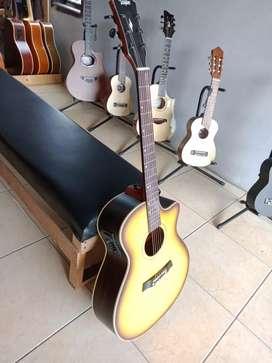 Gitar Taylor Akustik Elektrik