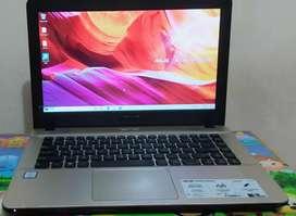 Laptop ASUS vivobook A41iua