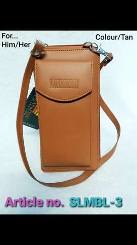Hand handle leather clutch