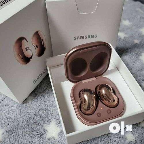 samsung earbuds live