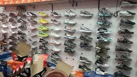 Wholesale & Retail All types of shoe Available Joyride, Airmax, Jordan