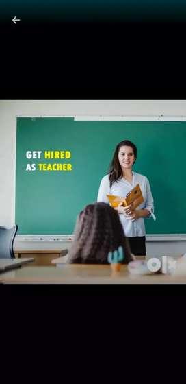 Female teacher available for class pre_ 5