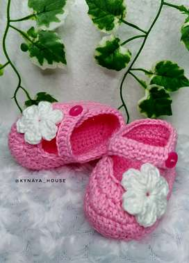 Sepatu bayi - sepatu prewalker - sepatu rajut handmade