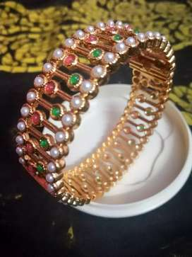 Traditional gold toned bangles