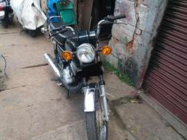 Yamaha 135 5speed fully stock bike.